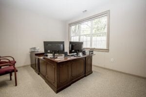 Commercial-Office-Space in East Cobb